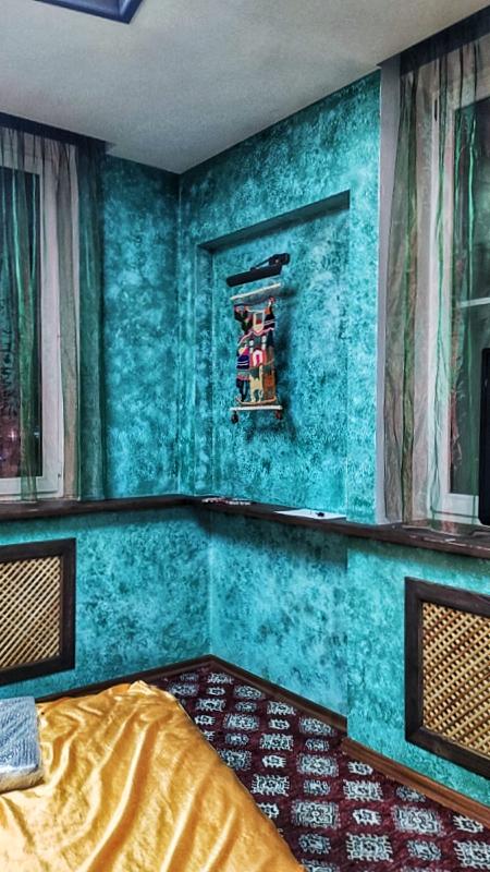 Отделка спальни декоративной штукатуркой гротто под венецией
